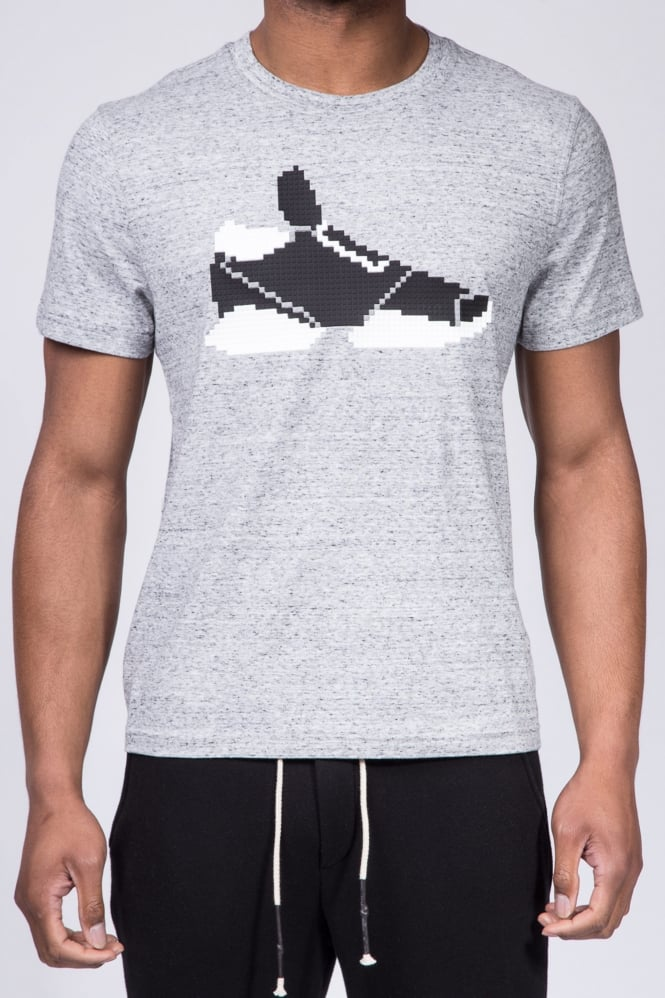 Mostly Heard Rarely Seen Simons Sneaker T-Shirt Grey