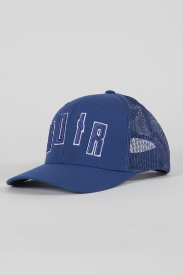 Iconic Noir Trucker Hat Blue/Blue