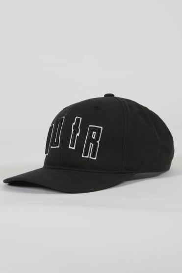 Iconic Noir Trucker Hat Black/Black