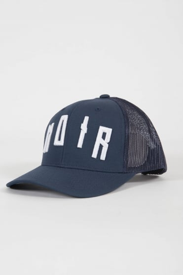 Iconic Noir Trucker Hat Navy/White