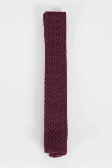 Smart Knitted Tie Burgundy