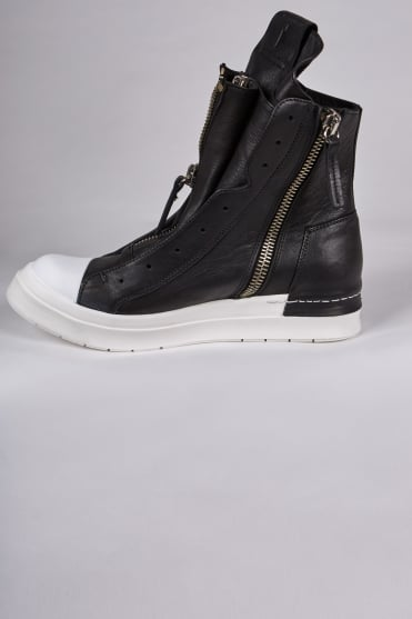 Santiago Triple Zip Boots Black/White