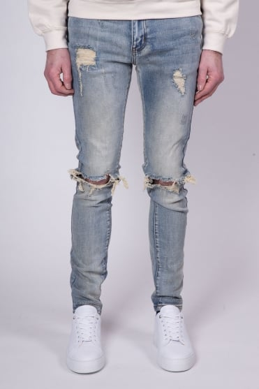 Destroyed Knee Jeans Light Blue